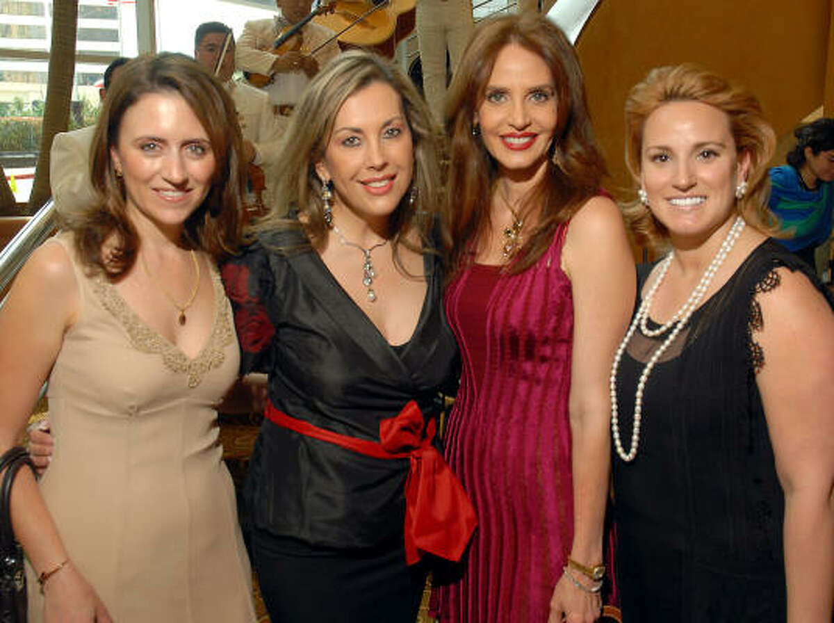Yanile Salomon, Betty Rono, Carmen Maria Lechin and Ericka Royzman