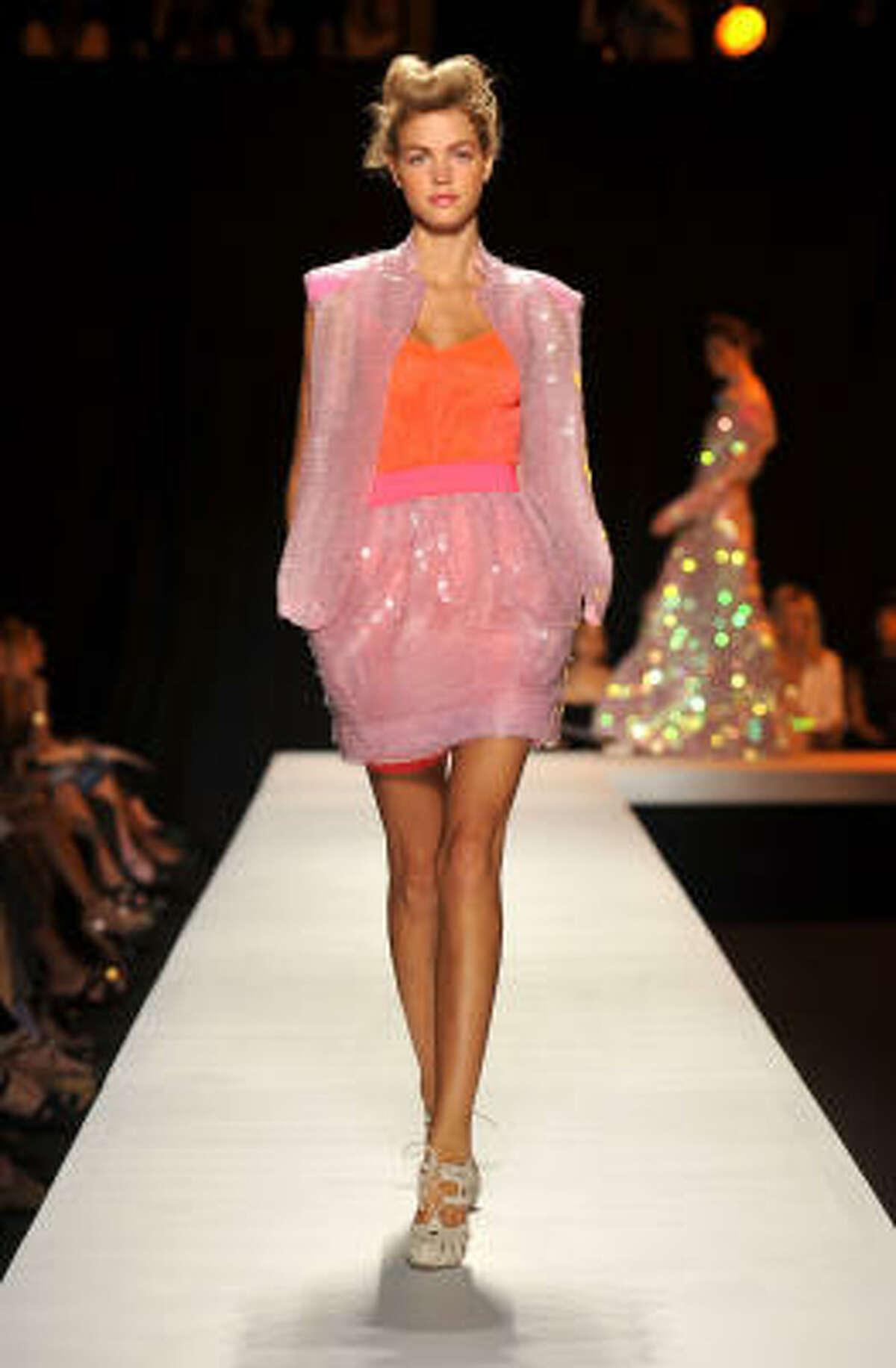 Isaac Mizrahi Spring 2009 fashion show