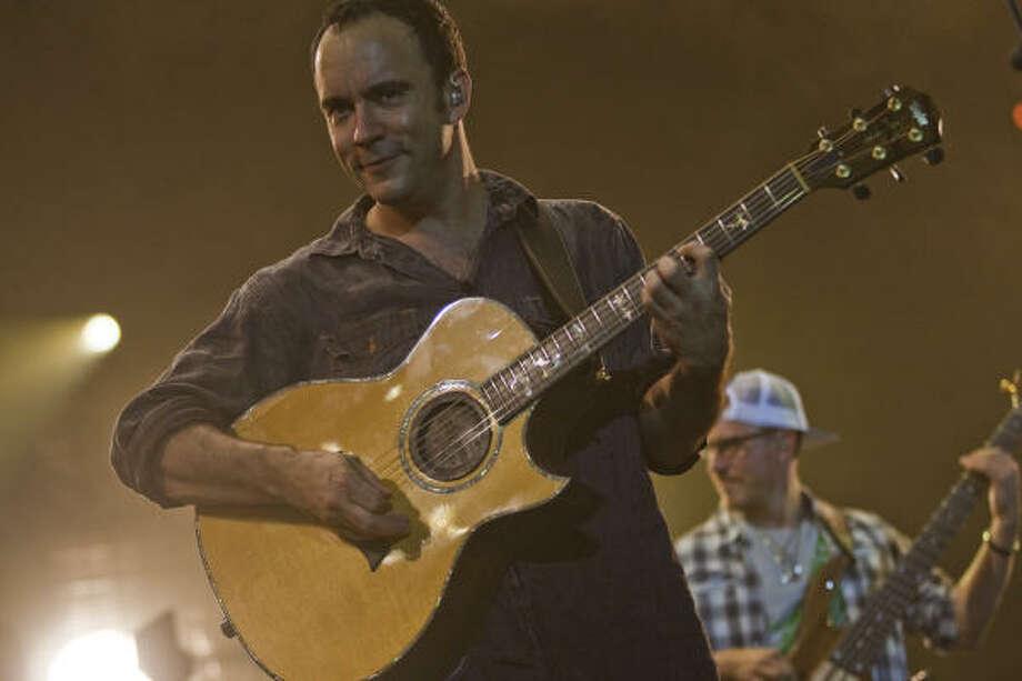 Front man Dave Matthews Photo: Smiley N. Pool, Chronicle