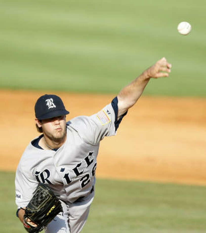 Freshman pitcher Taylor Wall made the start for Rice. Photo: Nick De La Torre, Chronicle