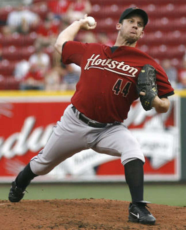 Astros starter Roy Oswalt received a no-decision after allowing one run on six hits in seven innings in Monday's 4-1 win over the Reds in Cincinnati. Photo: David Kohl, AP