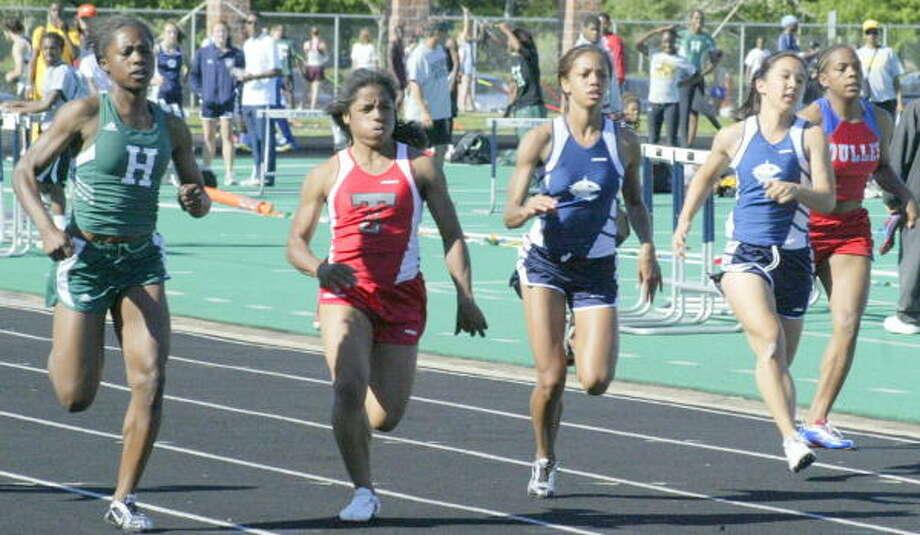 100 meters heat 1. Photo: Gerald James, Houston Chronicle