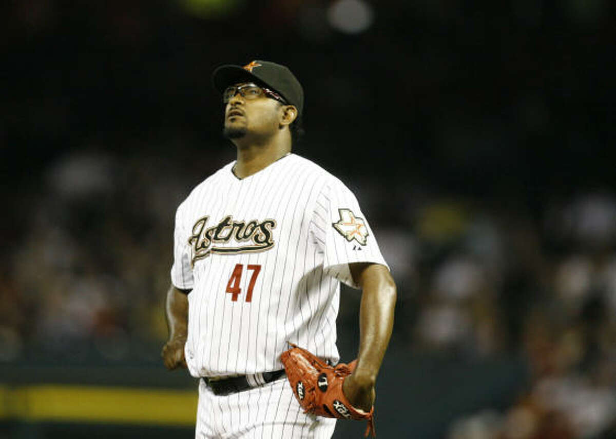 It was a rough night for Astros closer Jose Valverde, who surrendered a two-run homer to Ramon Hernandez that put the Cincinnati Reds up 2-1 in the top of the ninth inning of Friday's game at Minute Maid Park. The Reds would go on to win by that score.