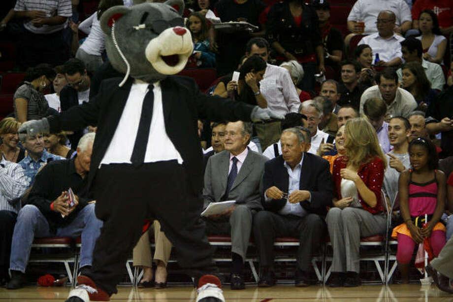 Clutch entertains former President George Bush. Photo: Michael Paulsen, Chronicle