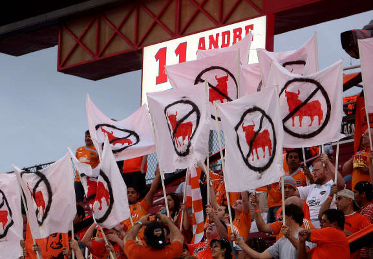 Dynamo fans show their displeasure for the New York Red Bulls.