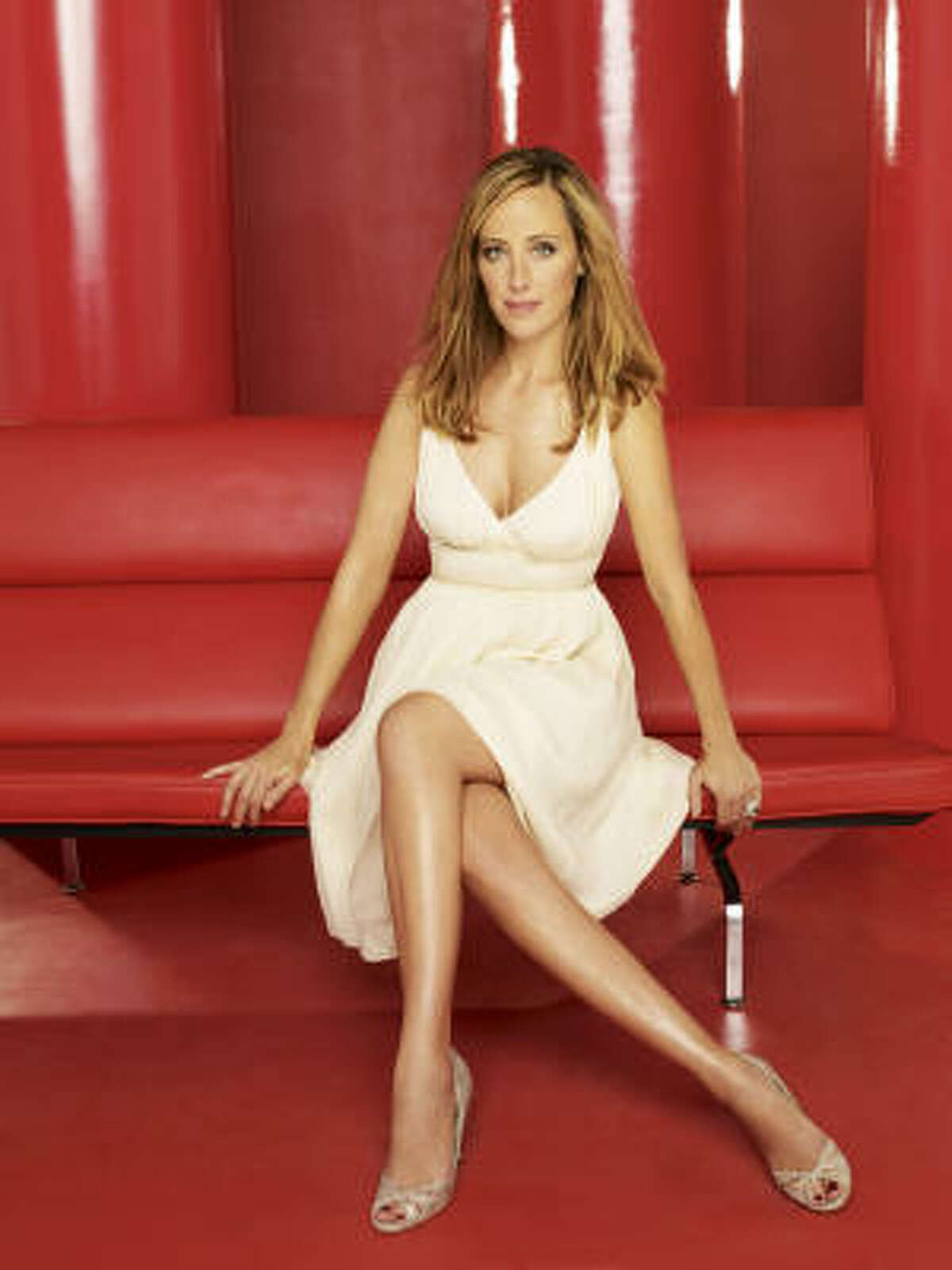 Kim Raver's Lipstick Jungle character Nico Reilly lost her husband and nearly her career, but in the meantime, snagged a hot young beau.