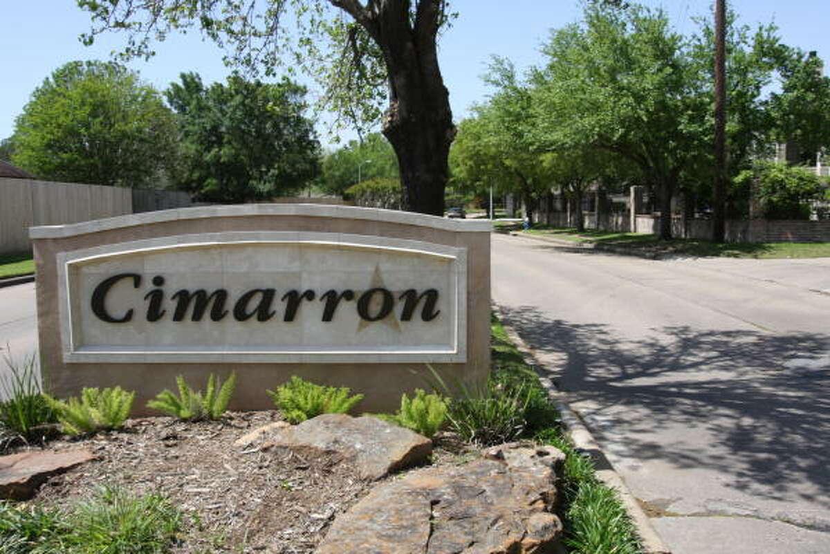 Cimarron subdivision sign on Cimarron Parkway.