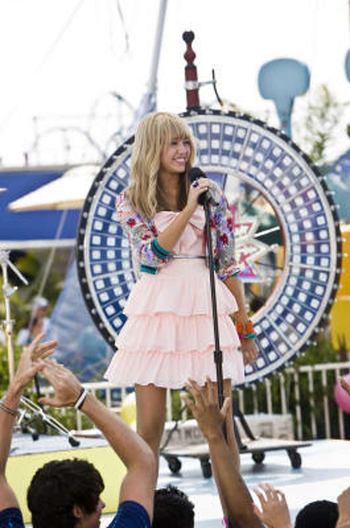 Miley Cyrus stars again in the Disney film Hannah Montana: The Movie.
