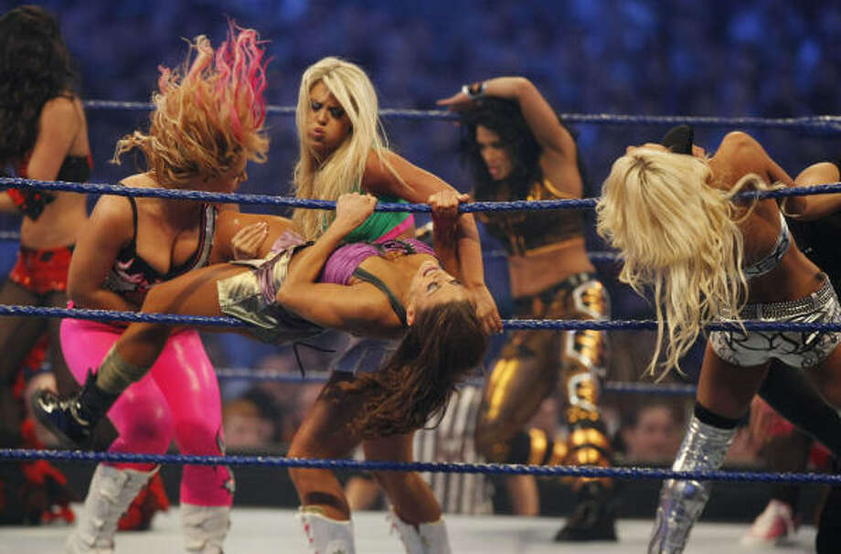 Women taking part of the 25-woman Miss Wrestlemania 25 Diva Battle take part of the all-out battle during the 25th anniversary of Wrestlemania. Photo: Julio Cortez, Chronicle