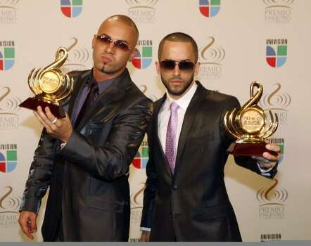 Wisin y Yandel. Photo: WILFREDO LEE, AP