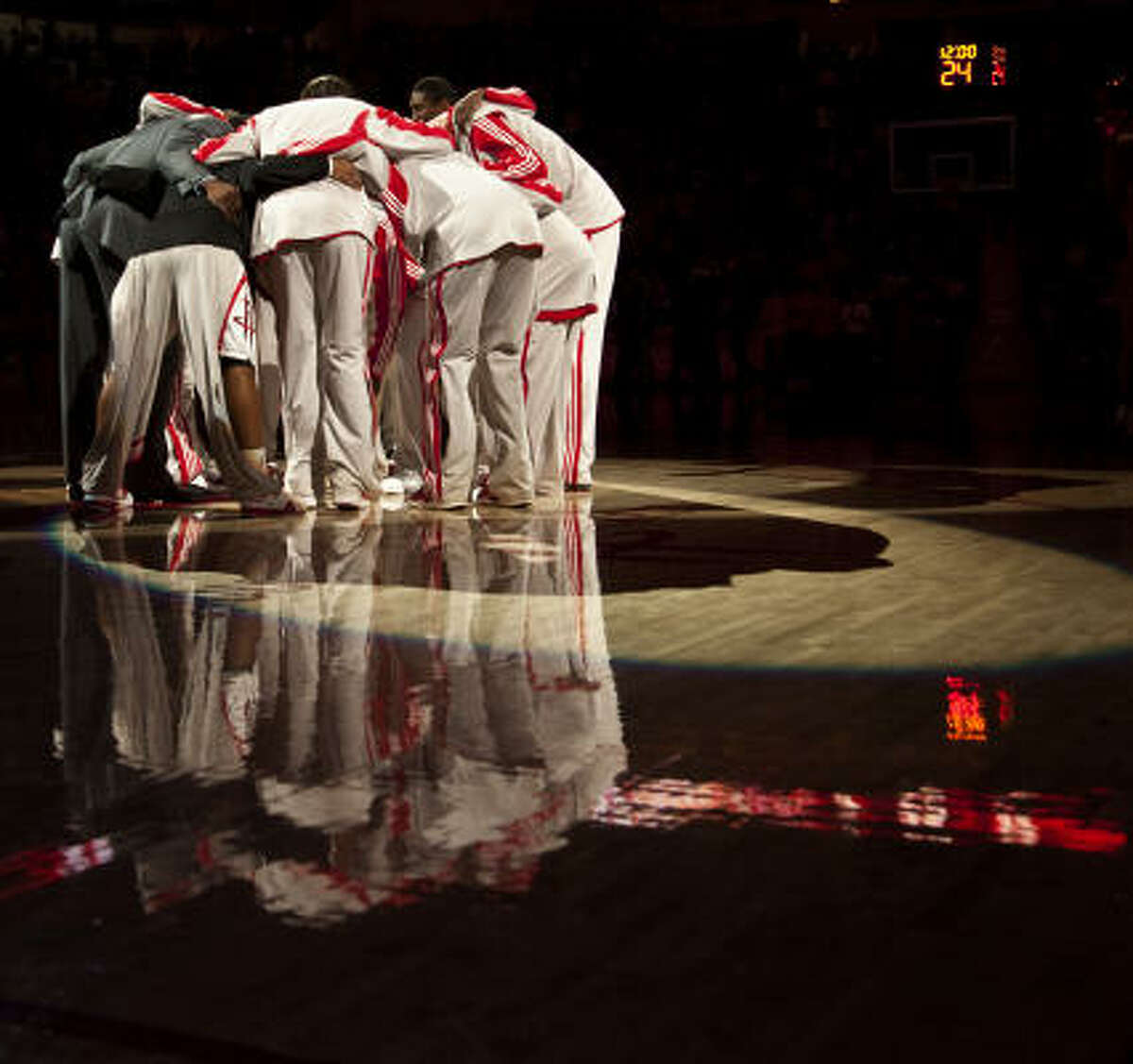 Another shot of the Rockets before tipoff.