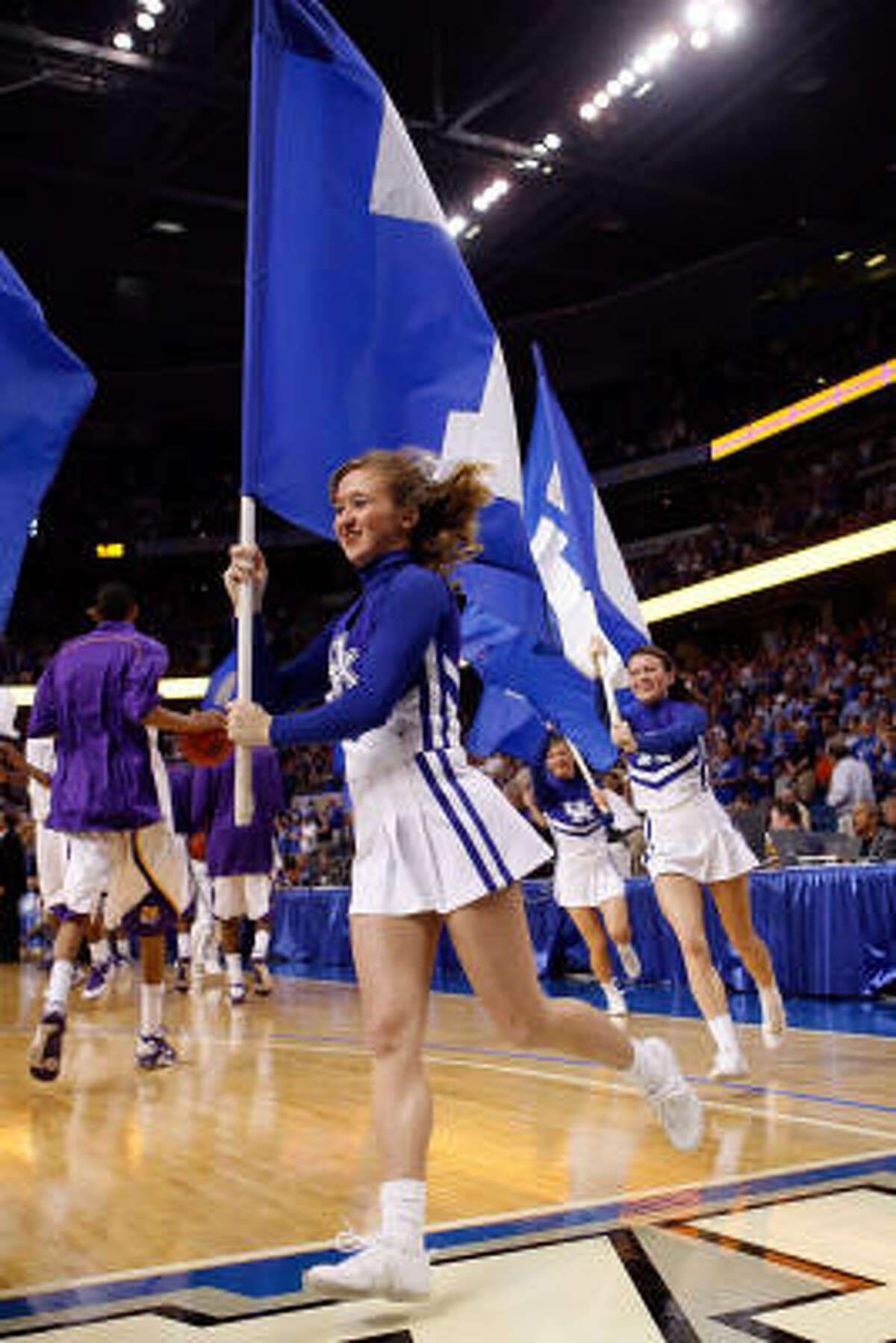 Which school : Kentucky. Tournament: SEC. Where: Tampa, Fla.