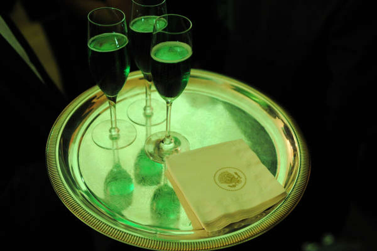 Among the highlights at the White House reception were glasses of green champagne.