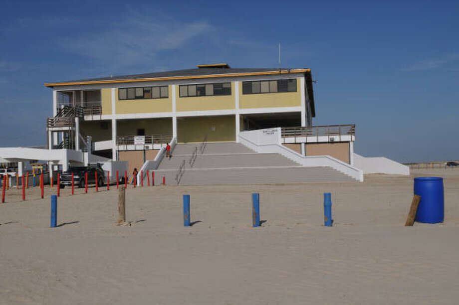 Six months after Hurricane Ike, the Stewart Beach pavilion is hoping to open its doors soon. Photo: Kim Christensen, For The Chronicle