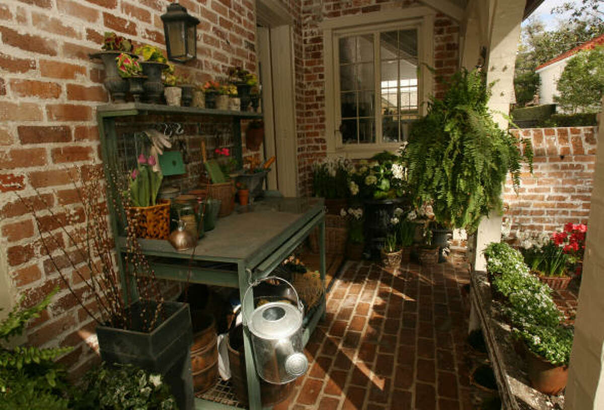 The small potting shed attached to the east side of one of the homes on the 2009 Azalea Trail.