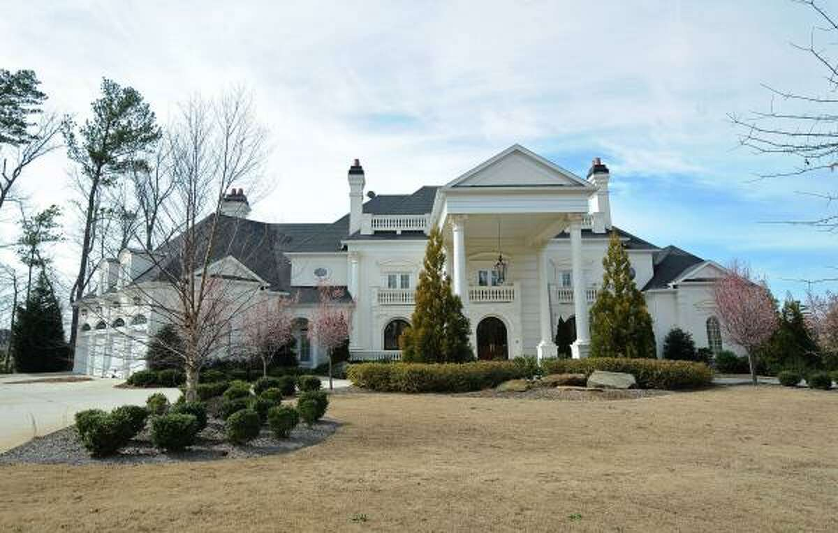 The exterior of Michael Vick's house in Duluth, Ga.