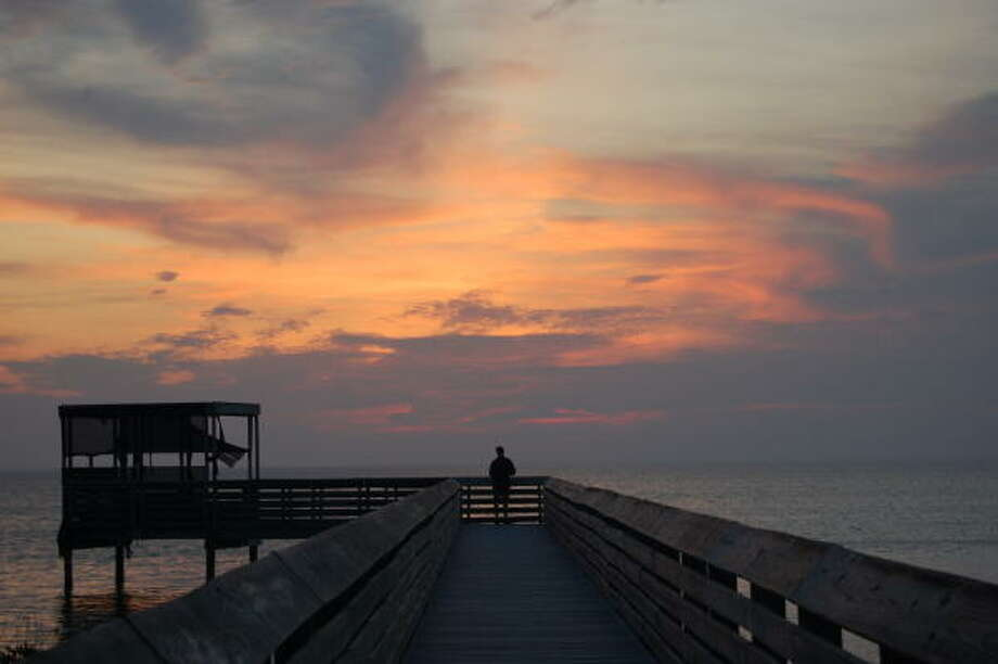 The boardwalk behind South Padre Island's Convention Center is a great spot for bird- and sunset-watching. Photo: Melissa Ward Aguilar, HOUSTON CHRONICLE