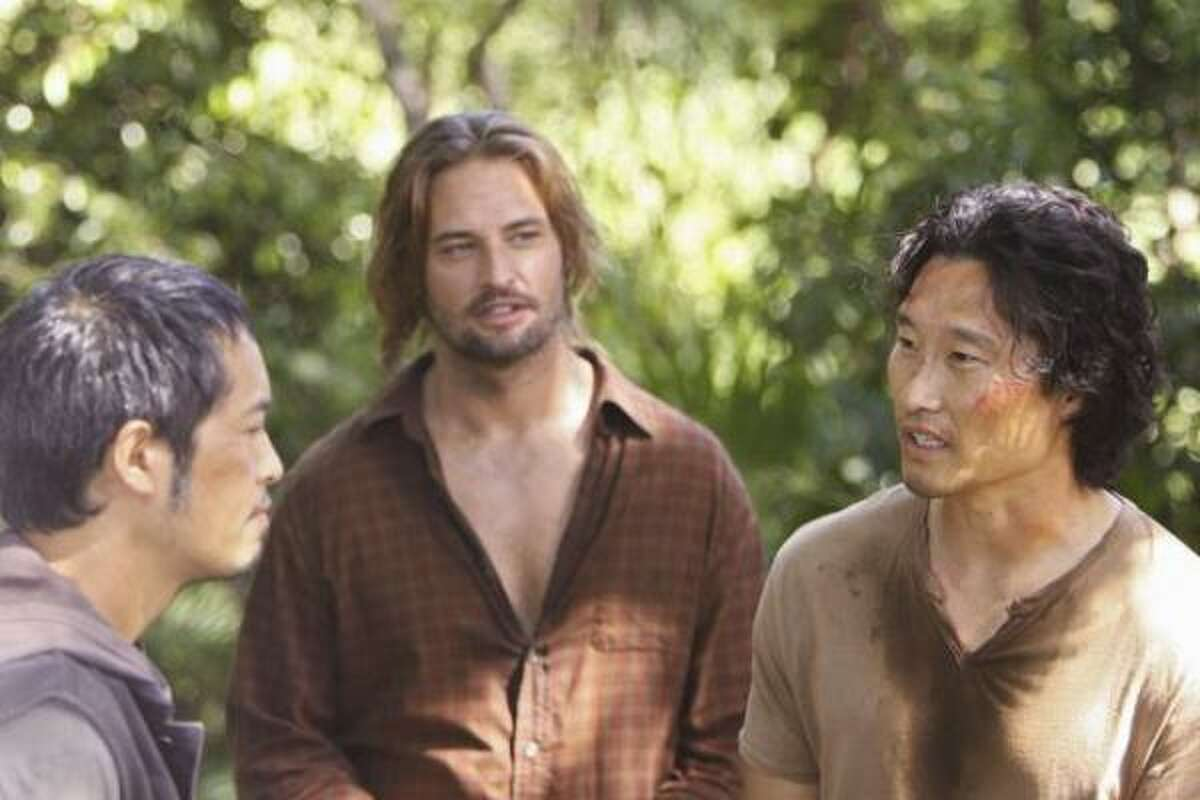 Miles, Sawyer and Jin discuss their next move.