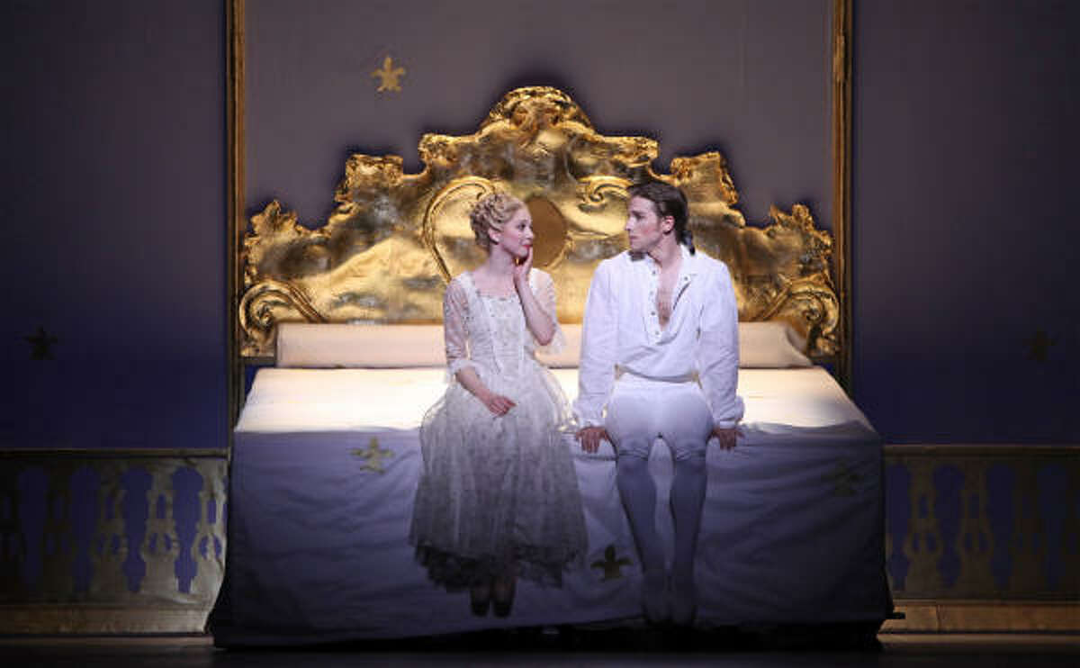 The royal couples shares a very big bed, where nothing happens for seven years. Dancers: Ian Casady and Melody Herrera