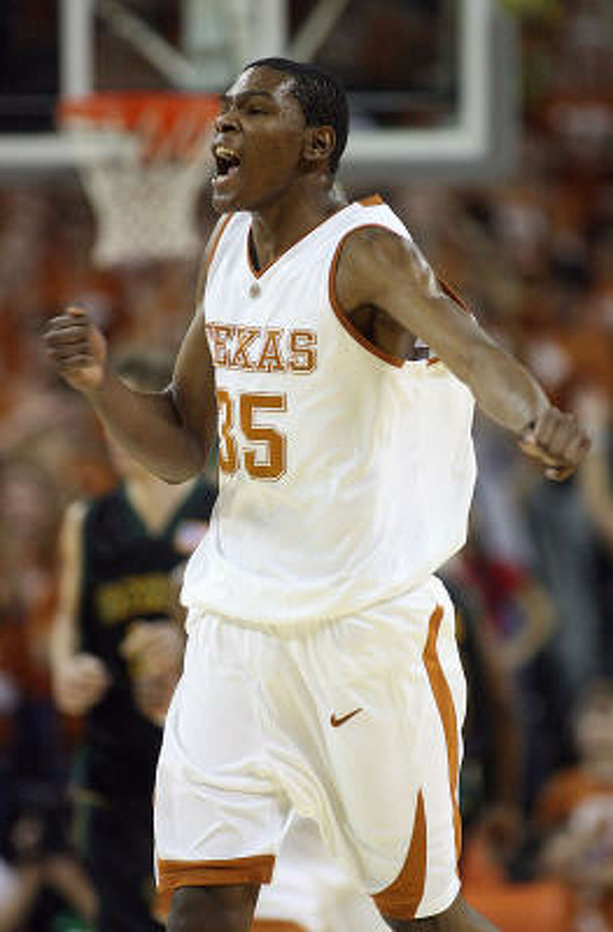 Kevin Durant had 34 points in the Longhorns' 84-79 victory over Baylor.