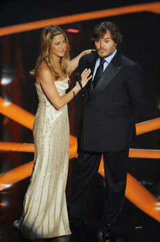 Jennifer Aniston and Jack Black make an award presentation during the 81st Academy Awards. Photo: Mark J. Terrill, AP