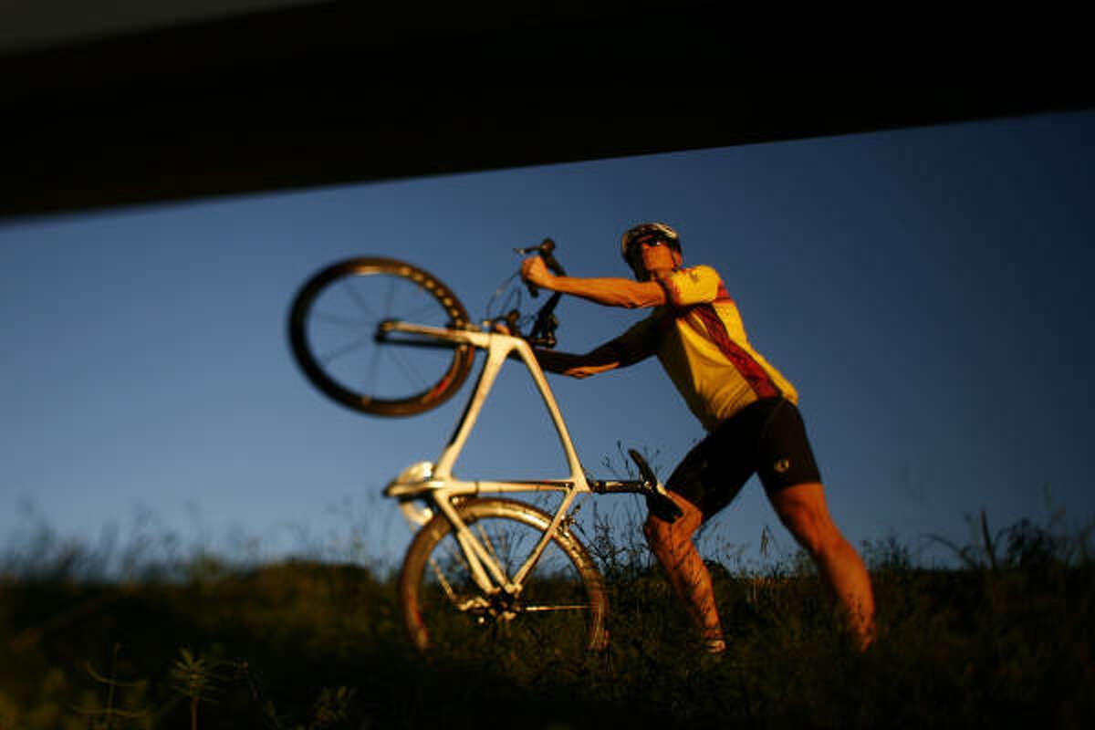Jon Monteith - cyclist