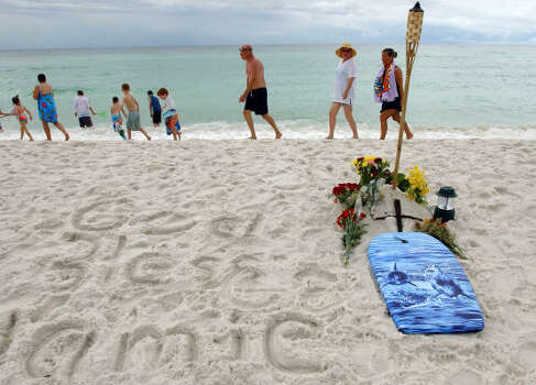 A memorial dedicated to Jamie Marie Daigle is set at the spot where she was brought after being attacked by a bull shark near Destin, Fla., in 2005. The 14-year-old Gonzales, La., girl died from the attack. Photo: MARI DARR WELCH, AP