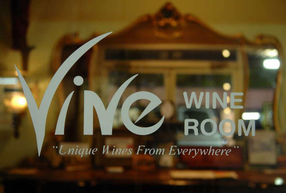 Vine Wine Room está ubicado en 12420 Memorial Dr. Abre de lunes a sábado a la 1 p.m. y cierra a las 9 p.m. de lunes a jueves y a las 11 p.m. viernes y sábados. Photo: Tre' Ridings, Para El Houston Chronicle