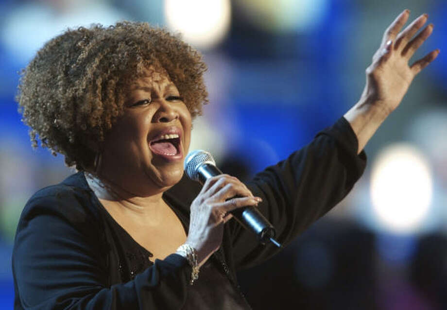 Mavis Staples Photo: ED REINKE, AP