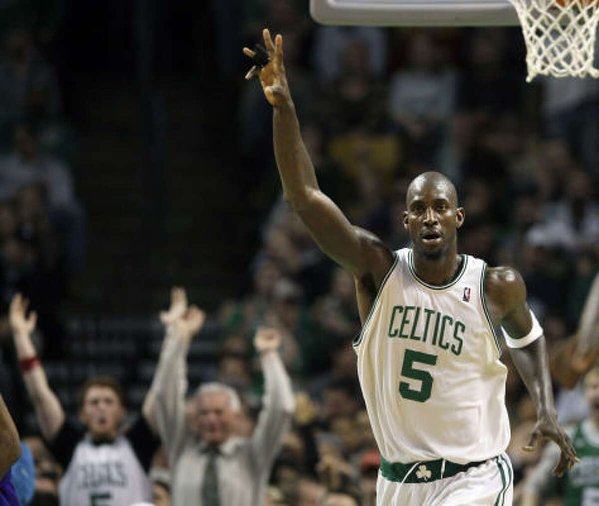1 - BOSTON CELTICS - (Last wk: 1) - 42-11 - Don't think KG and his buddies won't be looking for a little revenge when the Lakers come calling Thursday night. LA snapped the 19-game win streak on Christmas, but now could become victim No. 13 in the new streak.