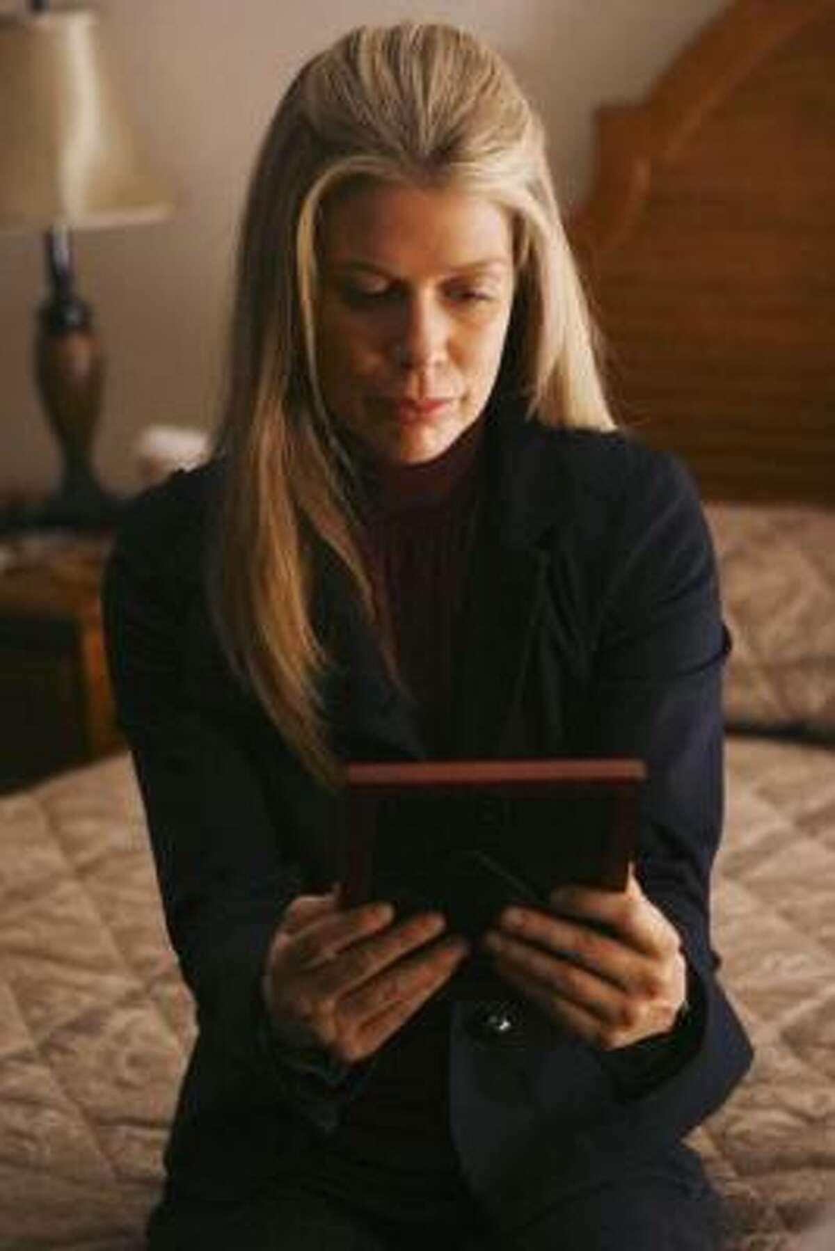 Susan Duerden appeared on Lost as Carole Littleton in