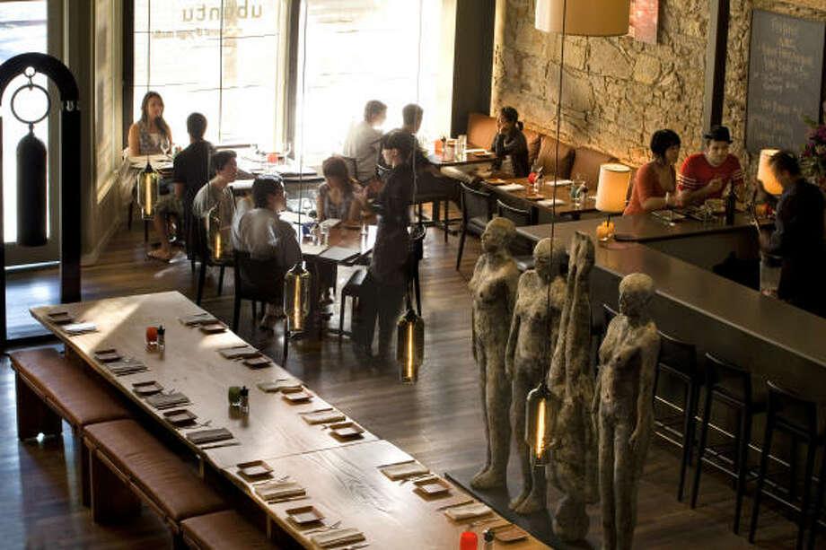 Inside Ubuntu Yoga Studio & Restaurant, a world-class vegetarian restaurant in Napa. Photo: Ubuntu