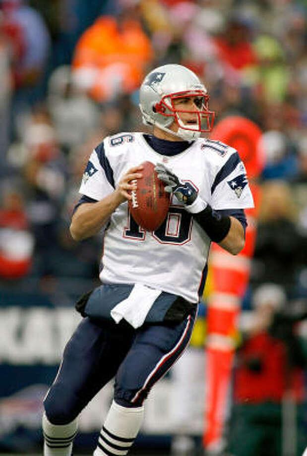 1. New England Patriots Odds: 8-1 2008 regular-season record: 11-5 Impact player: quarterback Matt Cassel  Photo: Rick Stewart, Getty Images
