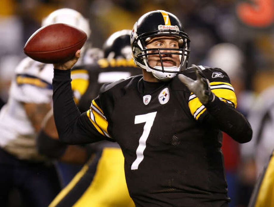 2008: Steelers quarterback Ben Roethlisberger led the Steelers to a 12-4 season and to Super Bowl XLIII. He threw for 17 touchdowns and 15 interceptions. Photo: Gregory Shamus, Getty Images