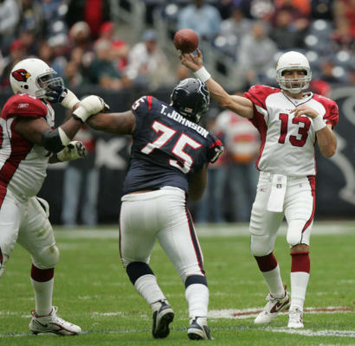 2005 : Kurt Warner played and started in 10 games. The Cardinals only won twice in games in which he started.