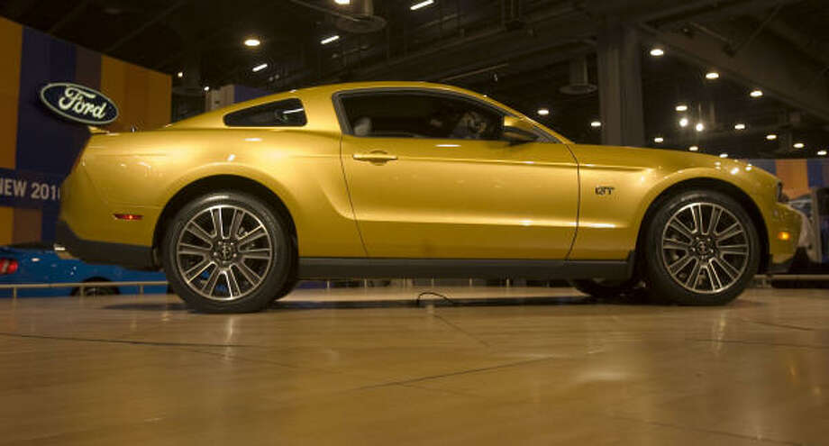 2010 Ford Mustang Photo: James Nielsen, Chronicle