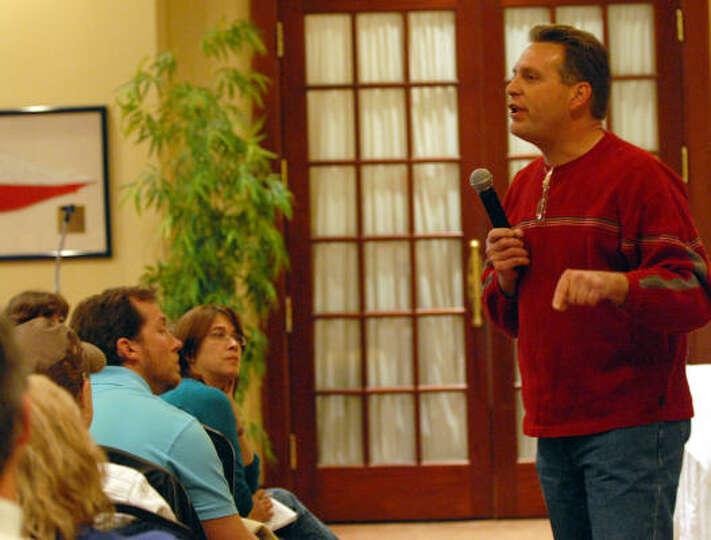 La porte isd board member jim schul tries to explain the for La porte isd