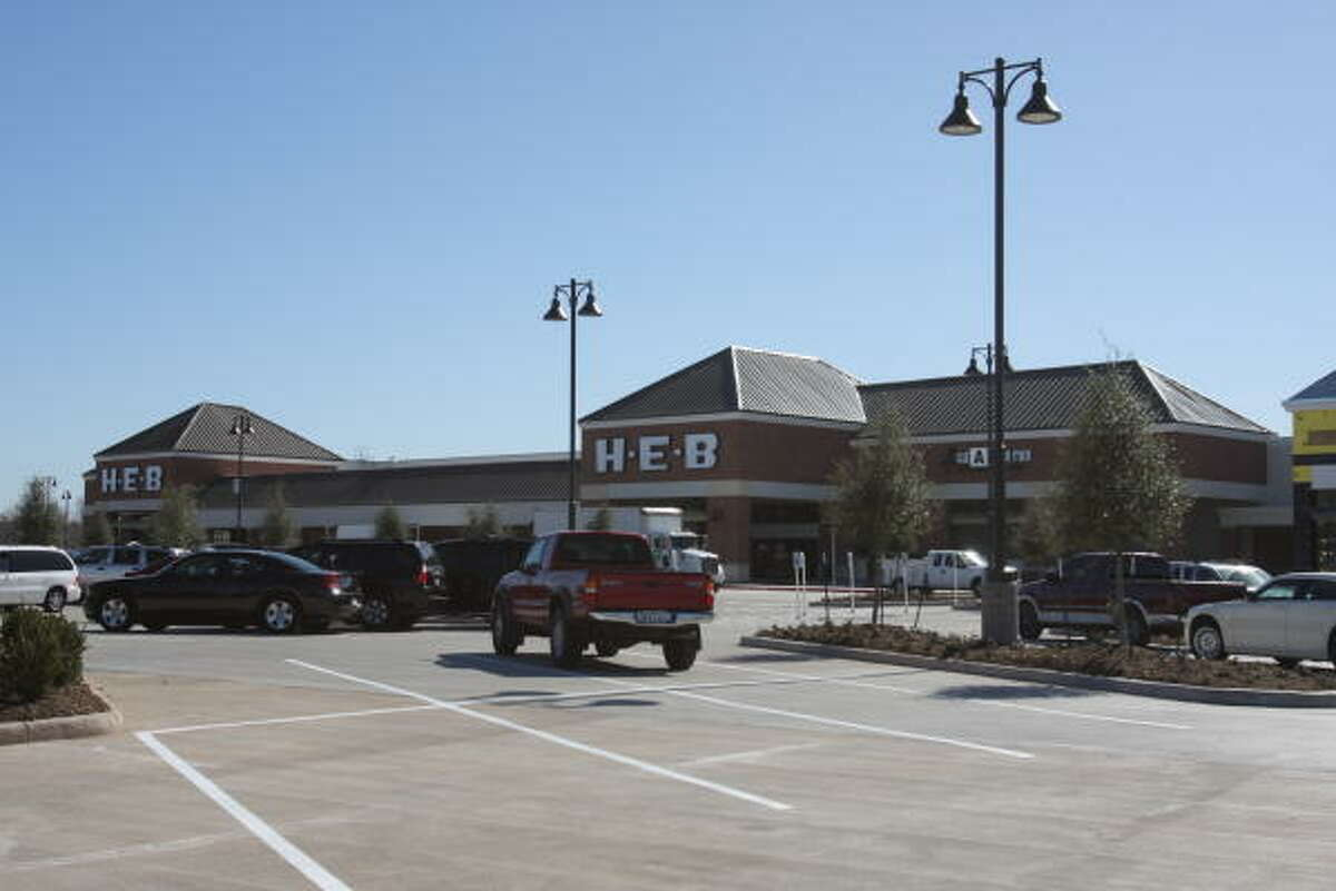 HEB Sienna Market at 8900 Texas 6 will open to the public at 6 a.m. January 20.
