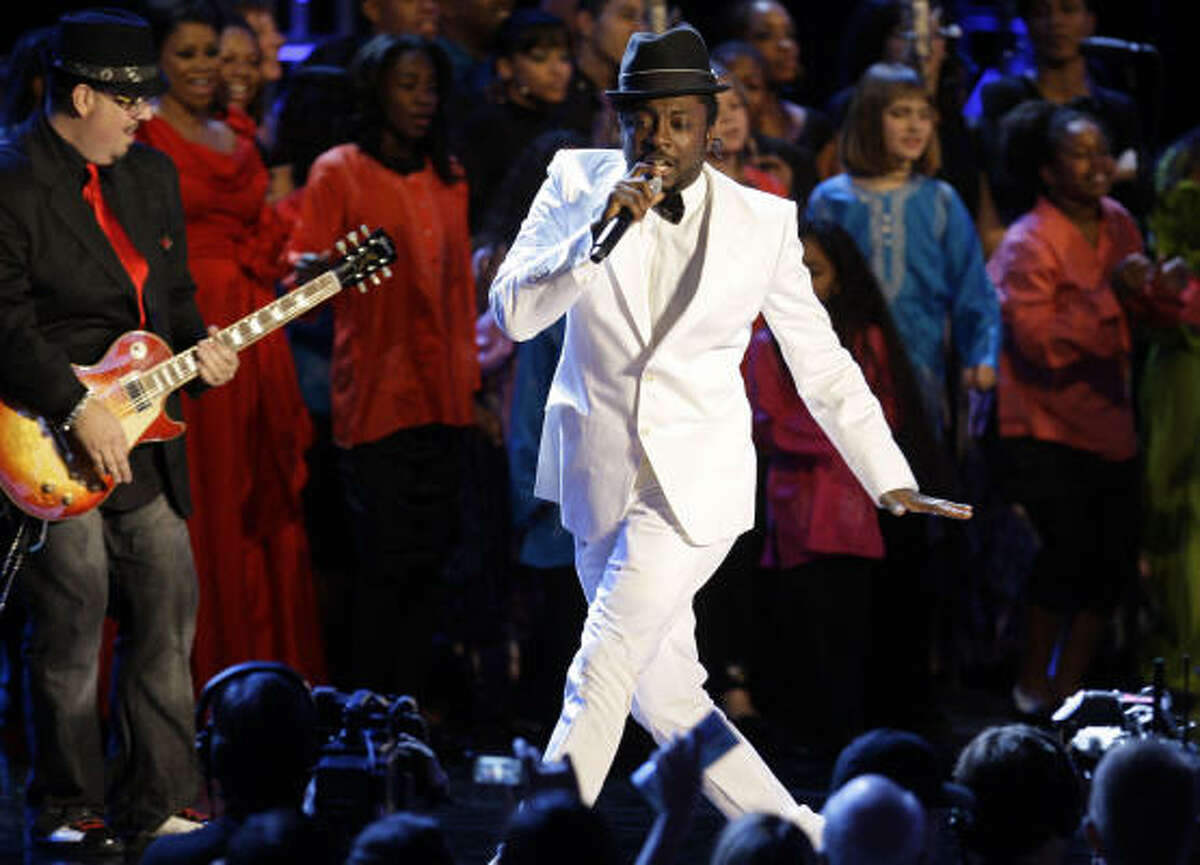 Singer will.i.am performs at the Neighborhood Inaugural Ball in Washington on Tuesday.