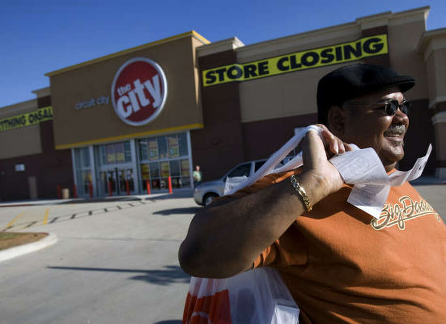 The Circuit City store in League City is history, and the Richmond, Va.,-based electronics chain became the first major casualty of 2009 after announcing it  will liquidate all remaining stores. Photo: Johnny Hanson, Houston Chronicle