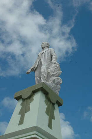 A statue of the founder of Progreso towers above the Malecon beach promenade in the town of 50,000 residents along the Gulf of Mexico on the northern tip of Mexico's Yucatan Peninsula. Photo: Harry Shattuck, HOUSTON CHRONICLE