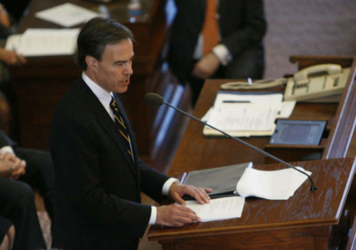 Republican Rep. Joe Straus addresses the Texas House after it elected him Speaker of The House during the 81st Legislature at the State Capitol on Tuesday in Austin.