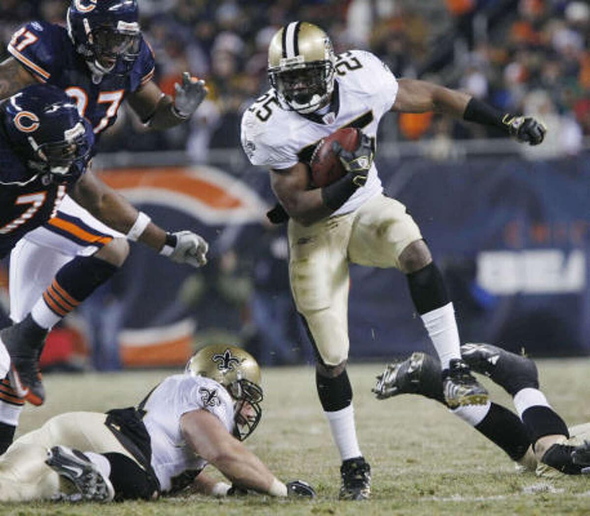 Reggie Bush , New Orleans Saints running back