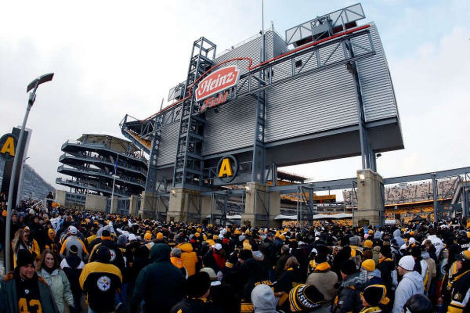 Heinz Field – Pittsburgh Steelers – $3.5 million per year. Photo: Gregory Shamus, Getty Images