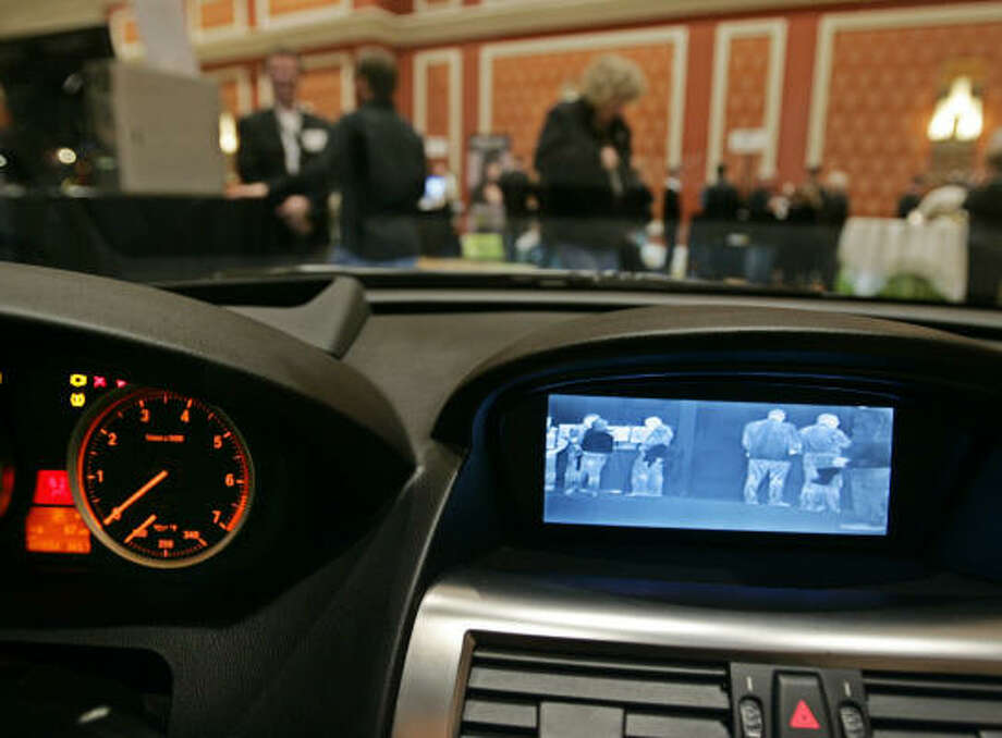 A thermal imaging infrared monitor by FLIR in the dash of a BMW is shown at the International Consumer Electronics Show in Las Vegas, Friday, Jan. 9. Photo: Paul Sakuma, AP