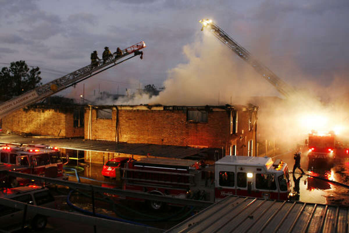 A three-alarm blaze damaged or destroyed up to 20 units at a southwest Houston apartment complex early Friday, Jan. 9, 2009, before firefighters extinguished it, almost two hours after it was reported.