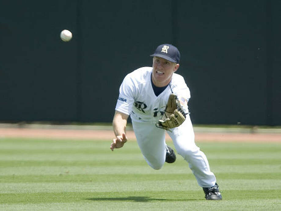 Jared Gayhart is among several junior college transfers who have helped lead Rice to the super regionals. Photo: Bob Levey, For The Chronicle
