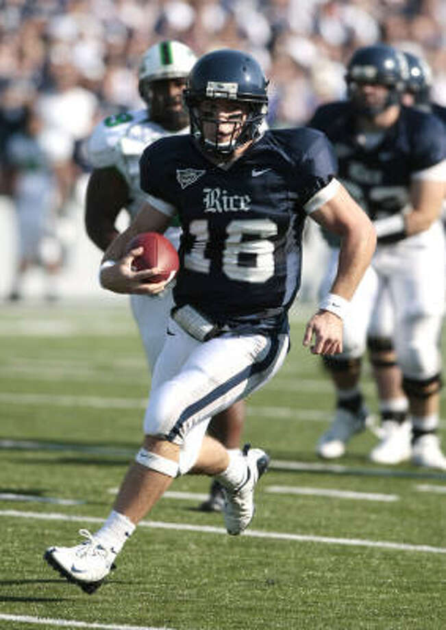 Rice QB Chase Clement did not participate against Troy in the Superdome in December 2006, but is hoping to have the chance to play in a game just as big at the end of this year. Photo: Billy Smith II, Chronicle