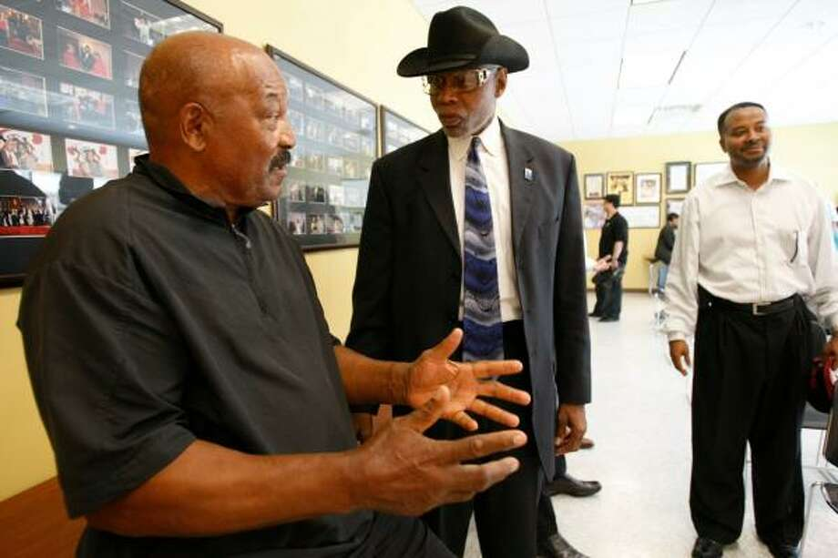 Ex-NFL great Jim Brown, left, chats with TSU Provost James Douglas on campus Monday. Brown's Amer-I-Can program will play a role in TSU's Summer Academy program next month. Photo: NICK De La TORRE, CHRONICLE
