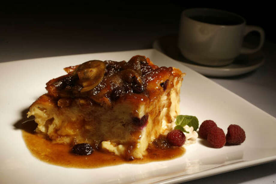 Killen's Steak House signature desert is bread pudding prepared by Chef Ronnie Killen. Photo: Mayra Beltran, Houston Chronicle